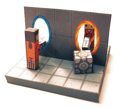 2 papercraft Uno de Pikachu y otro de Portal o.o