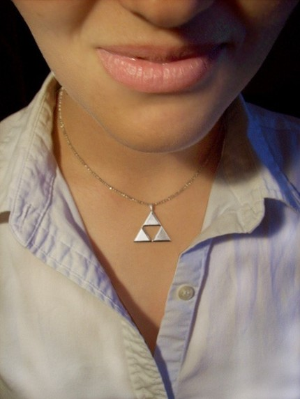 Triforce_necklace